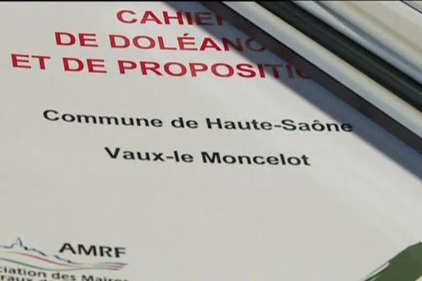 L'un des cahiers de doléances, déposé en mairie de Vaux-Le Moncelot (70)