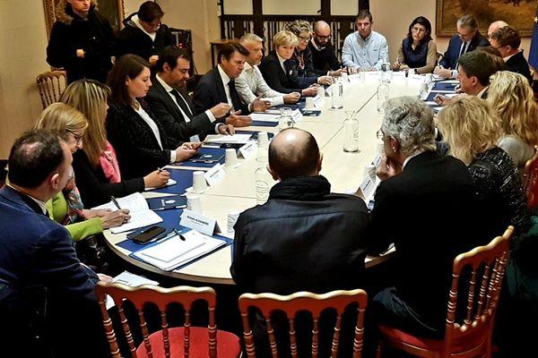 Nice (Alpes-Maritimes) : réunion de travail en présence du maire Christian Estrosi.