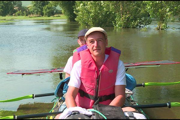 C'est en kayak équipés de panneaux solaires pour l'assistance électrique, que deux amis ont descendus la Meuse. Depuis sa source dans les Vosges jusqu'à son embouchure aux Pays-Bas. Et le duo a relevé son défi.