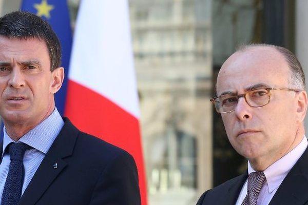 Manuel Valls et Bernard Cazeneuve en visite dans les Alpes-de-Haute-Provence.