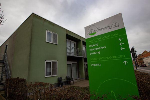 La maison de retraite est située à Houthulst, à une trentaine de kilomètres de la frontière.