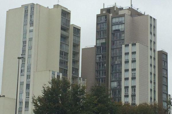 Les tours de Bellevue à Brest à proximité de la rue de Vannes