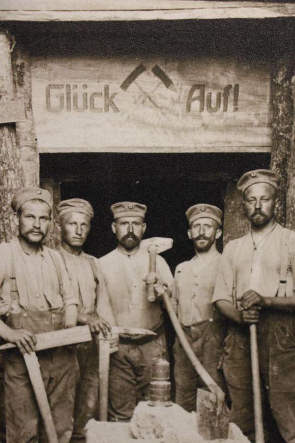 Photo de sapeurs allemands proposée au Mémorial de Verdun.