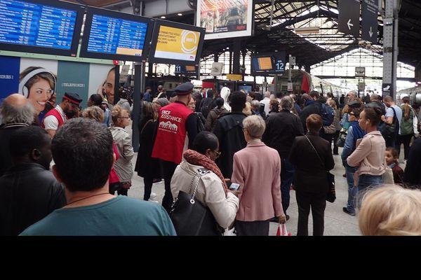 La Gare Saint-Lazare pendant la grève le 26 avril dernier