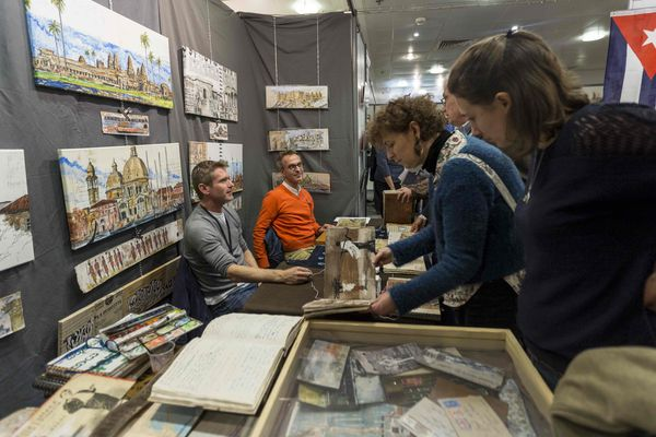 """Une centaine de carnettistes venus du monde entier sont attendus samedi 17 et dimanche 18 novembre à la 19e édition du """"Rendez-vous des Carnets de Voyage"""" à Clermont-Ferrand."""