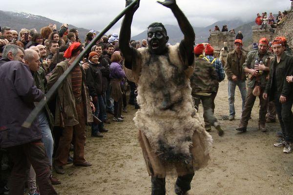 Fête de l'ours à Prats-de-Mollo dans les Pyrénées Orientales