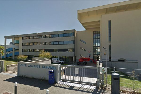 Le lycée Jacques Duhamel à Dole