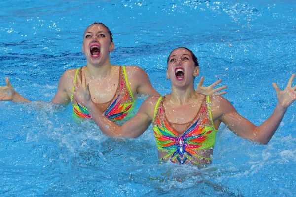 Laura Augé, Margaux Chrétien, le duo tricolore de natation synchronisée durant l'Euro 2016 à Londres.
