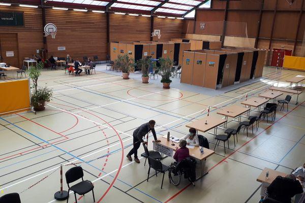 A Ribeauvillé, le centre de vaccination fonctionne à plein régime depuis la mi-mars, mais pour la commune, cela représente 20.000 euros par mois