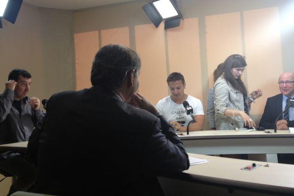 Conférence de presse en forme d'émission radio et Tv depuis l'usine numérique le 400 a Saint Viance, vendredi 15 mars 2013