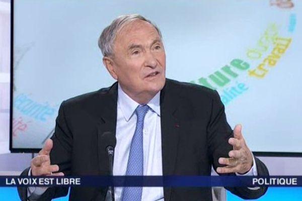 """Jacques Blanc lors de son passage dans la """"Voix est libre"""" le 12 septembre 2015 sur France 3 Languedoc-Roussillon (archives)"""