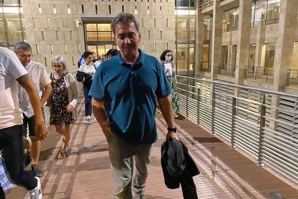 """Bruno Odos, l'un des deux pilotes """"Air Cocaïne"""" sort libre de la cour d'assises des Bouches-du-Rhône"""