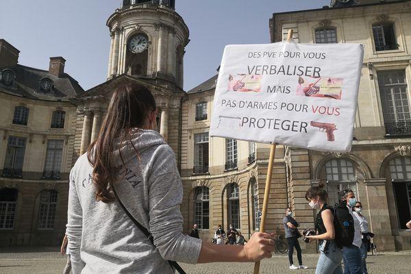 Les policiers municipaux de Rennes réclament l'autorisation de port d'arme létale pour mener à bien leur mission, protéger les gens et se protéger eux-mêmes