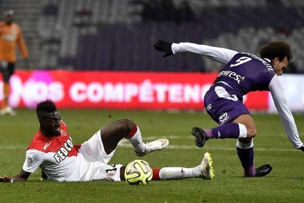 Le milieu international espoir français Tiemoué Bakayoko, ici face à Toulouse en décembre dernier.