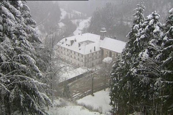 """L'ancien monastère du Val de Consolation héberge depuis trois ans l'association """"Artisans de paix"""""""
