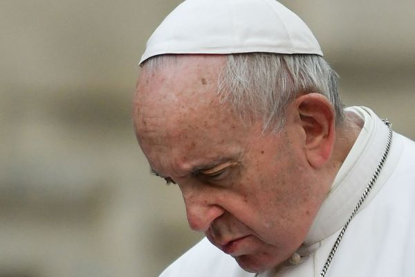 A moins d'un mois du procès Preynat à Lyon, Le pape lève le secret sur les abus sexuels