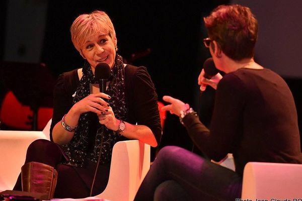 Agnès Ledig, au salon du livre de poche d'Angoulême, déc. 2018