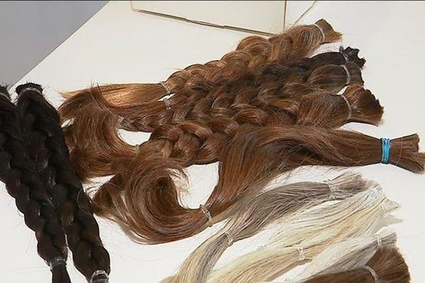 Tresses de cheveux pour fabrication de perruques