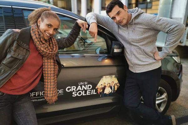 """Frédérique Kamatari avec son """"mari de fiction"""" Julien Masdoua sur le tournage d'Un si grand soleil"""