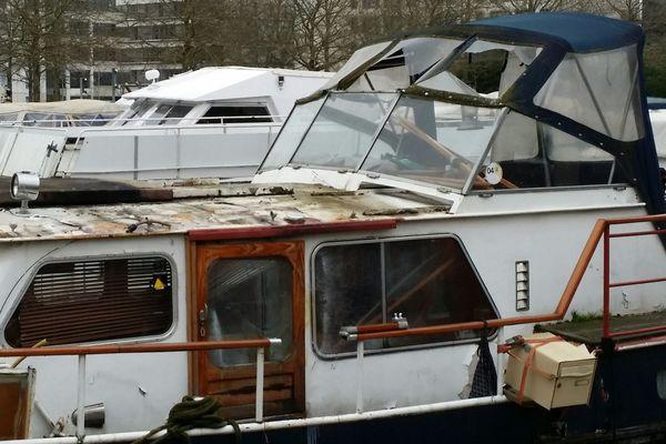 L'explosion a eu lieu sur ce bateau.