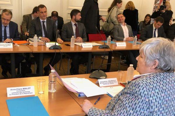 """12/03/2018 - Réunion préparatoire avec les deux ministres de la place Beauvau, Gérard Collomb et Jacqueline Gourault, la """"Madame Corse"""" du gouvernement."""