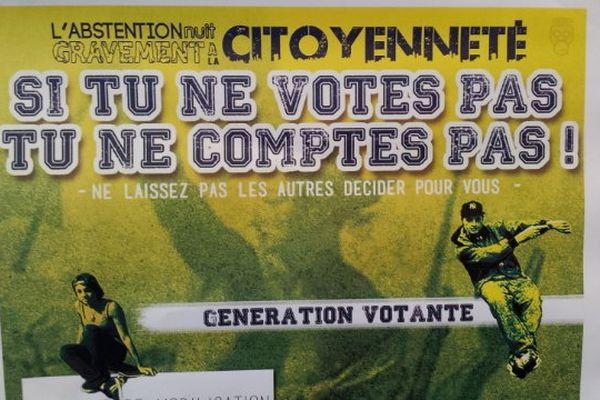 """Une affiche pour lutter contre les """"troubles de l'élection"""" est placardée dans le gymnase montpelliérain."""