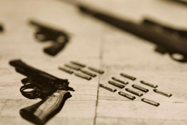 Pistolet 11.43, le flingue des braqueurs et des règlements de compte.
