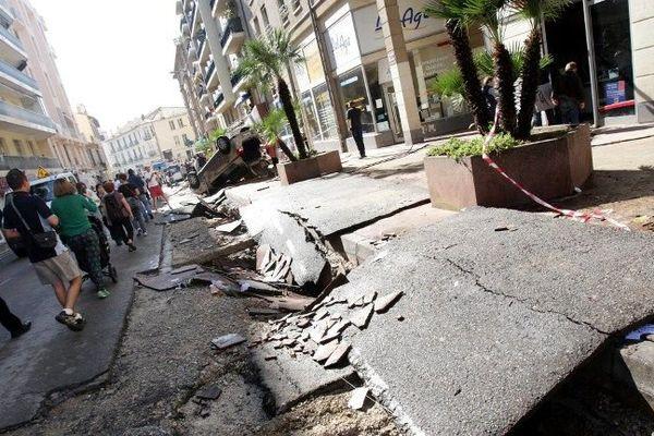 A Cannes, les routes ont subi de gros dommages