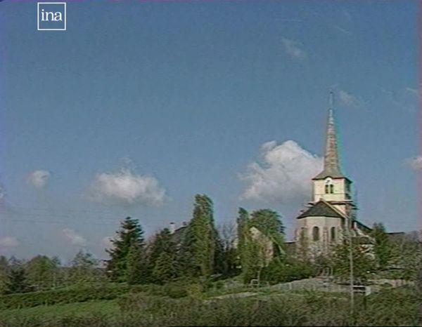L'église de Sermages en 1991.