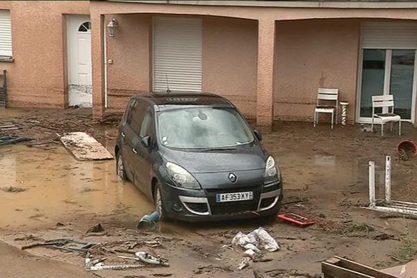 Le 6 août en fin de journée, dans le village de Pont-Salomon en Haute-Loire, le ruisseau traversant la commune est passé de 50cm à 1m50 de hauteur en quelques minutes à la suite d'orages d'une rare violence. Plusieurs maisons ont du être évacuées.