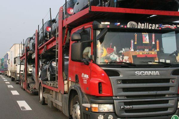 Après la fermeture du viaduc de Gennevilliers qui a généré de nombreux embouteillages, la préfecture du Val-D'Oise a décidé d'interdire la circulation des poids lourds de plus de 7,5 tonnes sur l'A15 et l'A115 dans le sens Province-Paris ce vendredi de 6h à 20h.