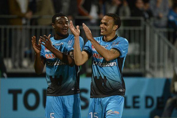 La claque des Tourangeaux après leur victoire face à Angers SCO.