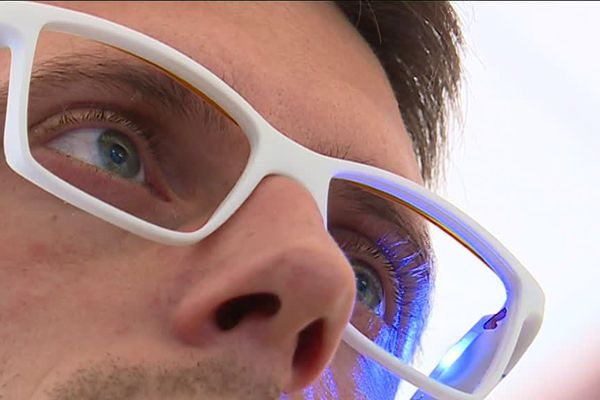 La société Ellcie Healthy s'est vu remettre le prix de l'Innovation sécurité routière. Une distinction reçue grâce aux lunettes connectées anti-endormissement inventées par cette start-up azuréenne.