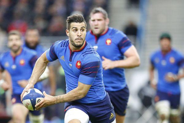 Sofiane Guitoune en bleu pendant le Tournoi des VI Nations de Rugby lors du match France / Pays de Galles le 28 février 2015 au Stade de France.