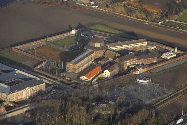 La prison de Loos vue du ciel en janvier 2012 (elle a fermé en octobre 2011)