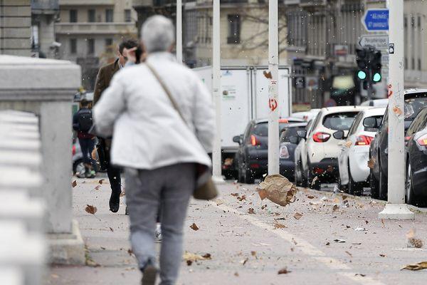 Mercredi 24 avril, Météo France a placé les départements de la Haute-Loire, de la Loire, du Rhône et de l'Isère en vigilance orange en raison de vents violents.
