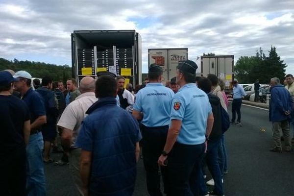 Les camions espagnols inspectés par les manifestants