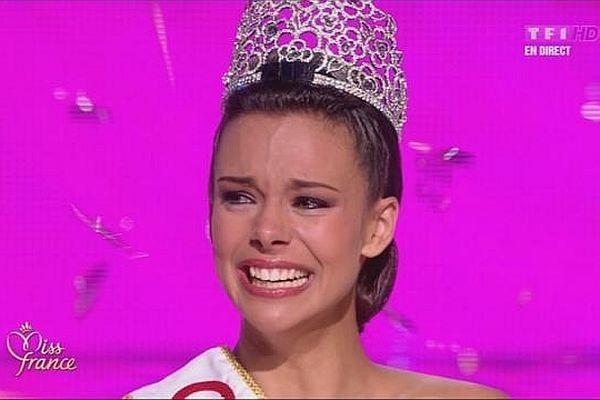 """""""Je suis fière d'être bourguignonne"""", dit Miss France 2013"""