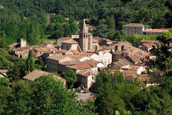 Le village de Monestiés, dans le Tarn.