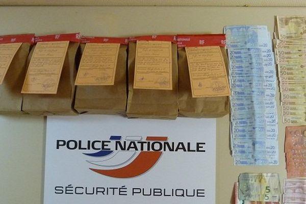 5 pains de cannabis et 3 000 euros découverts à Saint-Etienne-du-Rouvray