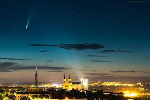 La comète Neowise vue de Lyon