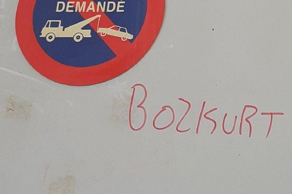 """""""Bozkurt"""", la signature des """"Loups Gris""""."""