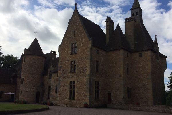 Le château de Peufeilhoux, dans l'Allier.