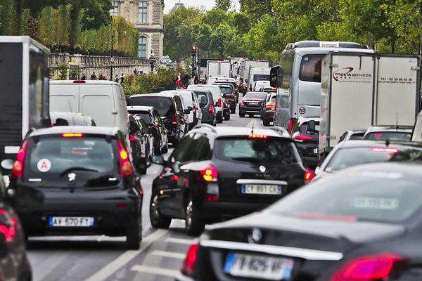 Les embouteillages dans Paris, la ville la plus congestionnée de France
