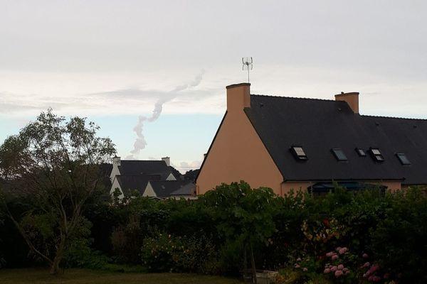 Un riverain de Penmarc'h a envoyé une photo après le tir de missile qui a eu lieu en baie d'Audierne