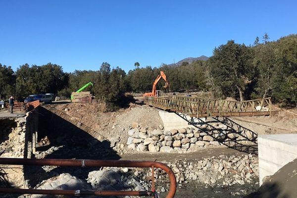 09/01/16 - Les travaux se poursuivent pour permettre l'ouverture du pont mobile de Casaluna à la mi-janvier.