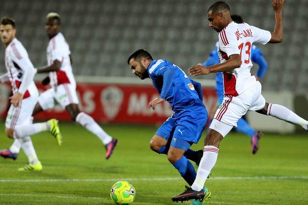 L'AC Ajaccio a perdu sur son terrain (2-1) face à Nîmes, lors de la 19ème journée de Ligue 2, le 16 décembre 2016