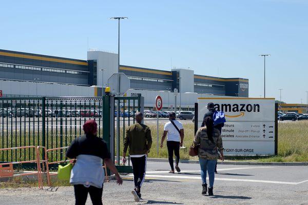 Après 5 semaines de fermeture, le site de Montélimar (Drôme) Amazon reprend son activité de manière progressive et sur la base du volontariat.