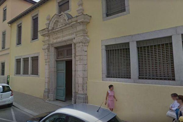 Le lycée Lalande de Bourg-en-Bresse où le futur pédophile avait été abusé par un prêtre dans les années 60.