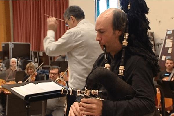 Carlos Nuñez et l'Orchestre Symphonique de Bretagne à Rennes